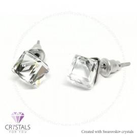 Swarovski® kristállyal díszített kocka alakú fülbevaló