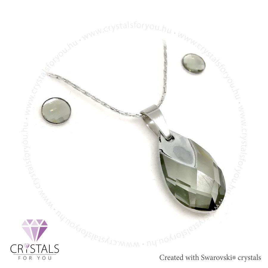 Csepp medálos szett Swarovski® kristállyal díszítve, rácsos csiszolású fülbevalóval
